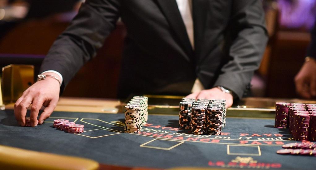 Rahasia Untuk Menjadi Dewa Poker Dalam Judi Online